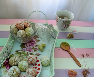 Green Tea and Red Velvet Chocolate Crinckles Cookies