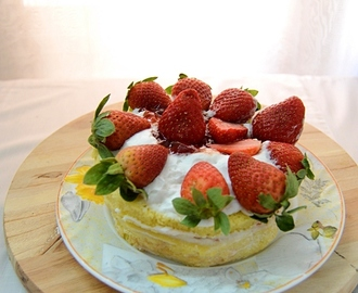Victoria Strawberry Sandwich Cake