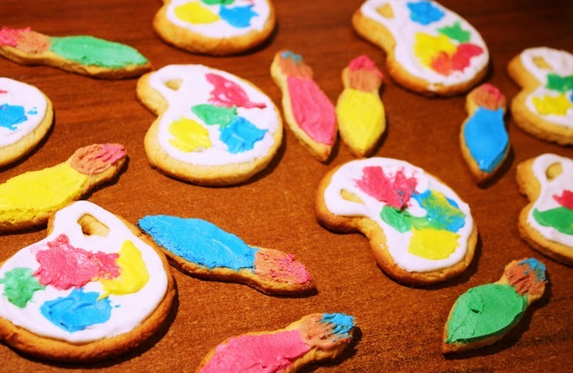 Artist's Palette and Paint Brush Cookies
