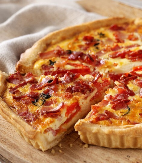 Bacon, cheese and tomato quiche