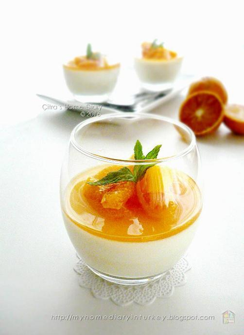 Basic Vanilla Panna Cotta with Honey Blood Orange Compote
