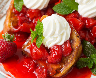 Angel Food Cake French Toast with Fresh Strawberry Syrup