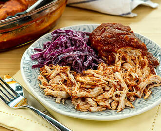 Pulled Chicken mit Coleslaw – Zart, würzig, Low-Carb