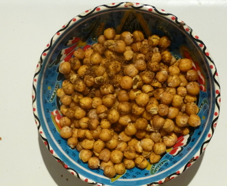 Crunchy Roasted Garam Masala Chickpeas Recipe