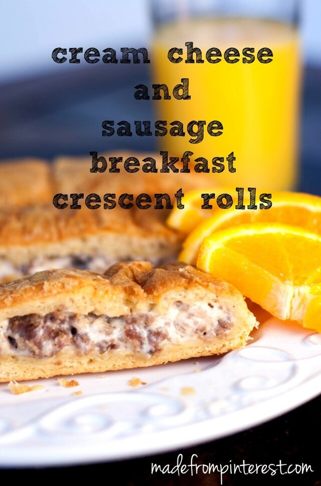 Cream Cheese and Sausage Breakfast Crescent Rolls