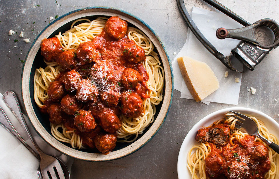 Classic Italian Meatballs (Extra Soft and Juicy)