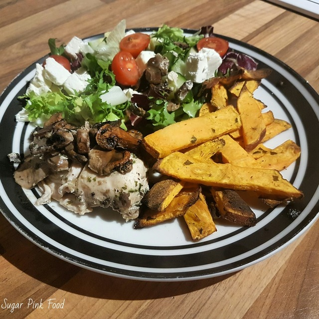 Slimming Wold Friendly: Garlic Chicken Breast with Mushrooms & Sweet Potato Wedges