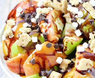 S'mores Salted Caramel Apple Nachos