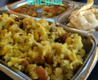 Vegetable Khichdi In Slow cooker