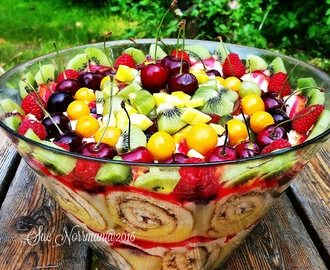FRUIT TRIFLE PUDING