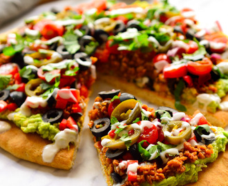 Pizza Vegana con Toppings de Nachos