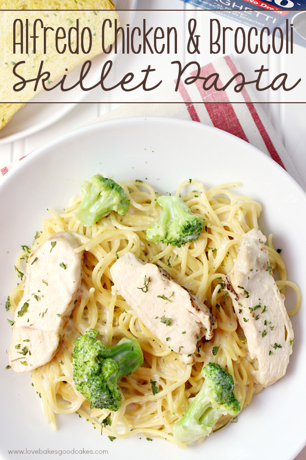 AD - Alfredo Chicken & Broccoli Skillet Pasta