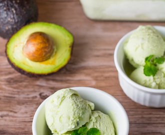 Avocado Ice Cream (No Churn)