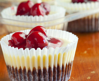 Mini Brownie Bottom Cherry Cheesecakes