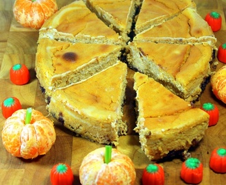 World's Best  PUMPKIN CHEESECAKE! - 52 Cakes and Pies for Home and Church PotLuck Desserts