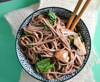 Sesame Noodles with Kale and Mushrooms