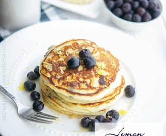 Lemon Ricotta Blueberry Pancakes + The Natural Pregnancy Cookbook Review