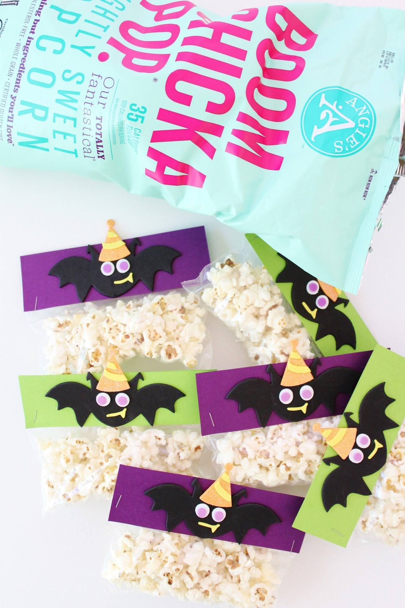 DIY Halloween Treat Bags + $30 PAYPAL CASH GIVEAWAY