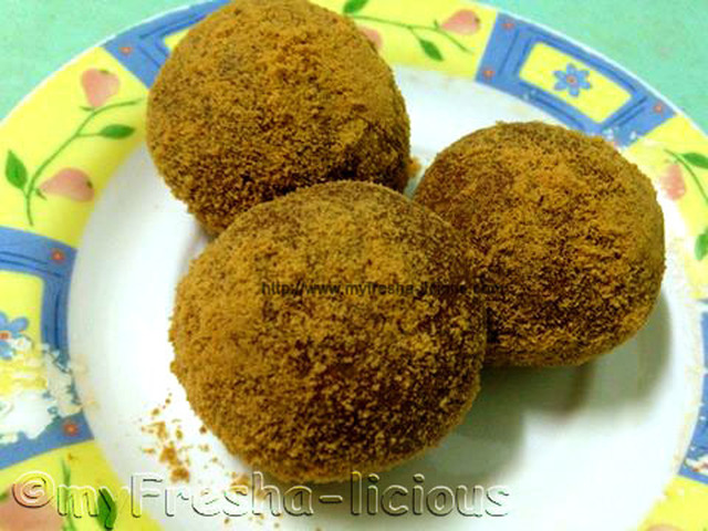 Graham Balls with Marsmallows