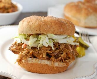 Slow Cooker BBQ Pulled Chicken Sandwiches + 5 Tips for Easy Meal Preparation