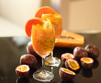 Smoothie Papaya-Mango-Passion Fruits