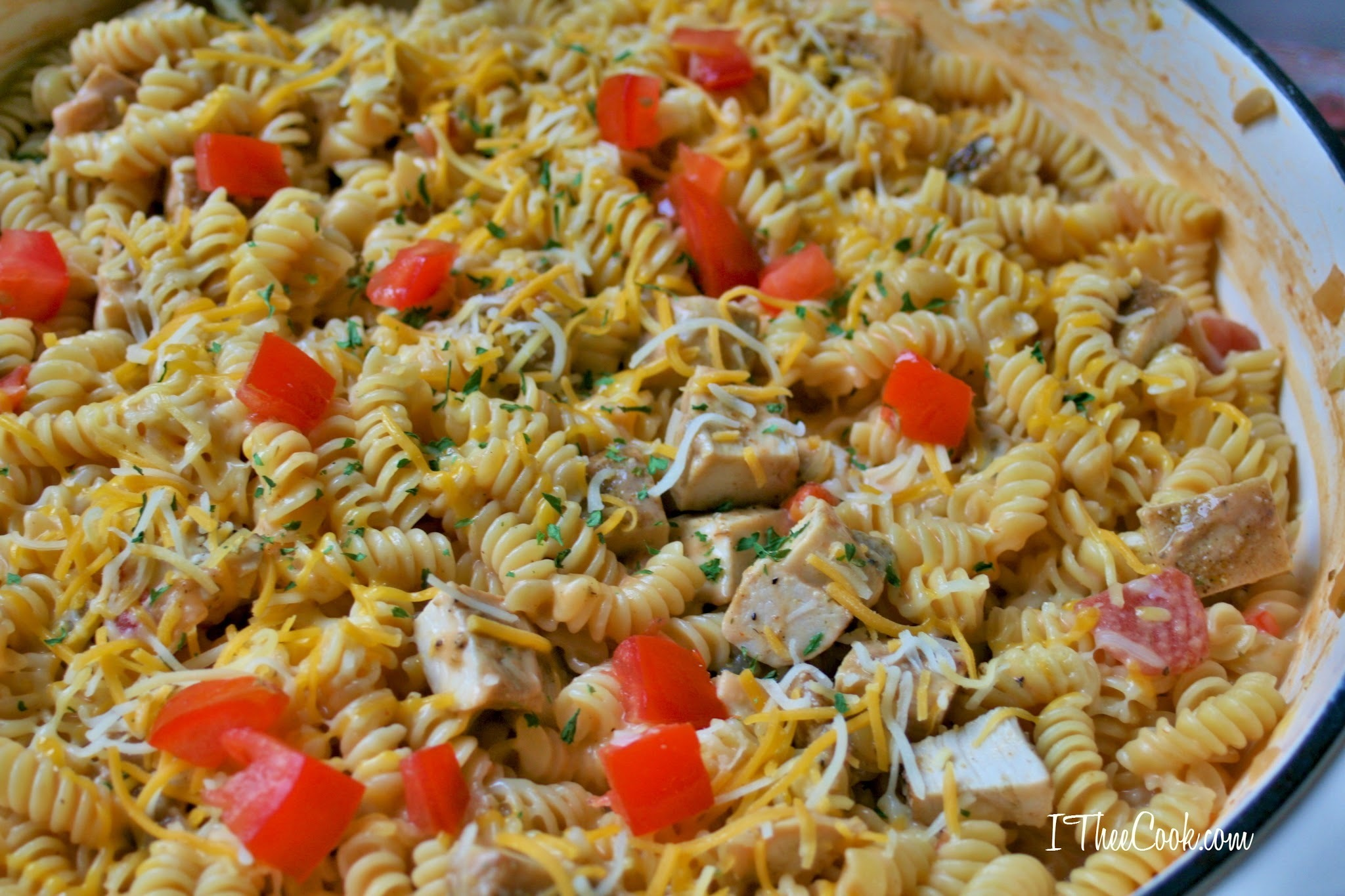 One Pot Grilled Chicken Queso Mac and Cheese with Barilla Pronto Rotini