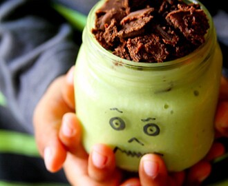 Scary-Good Halloween Green Monster Shake