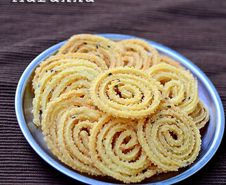 Magizhampoo Murukku / Mullu Murukku Recipe - Diwali Snacks Recipes