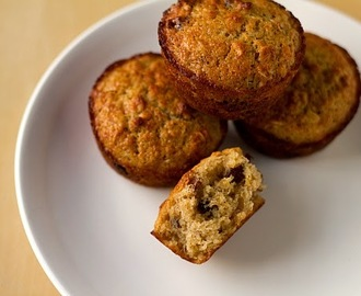 Oatmeal Muffins with Dates,Cranberries and Walnuts (Eggless)
