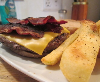 Turkey Bacon and Sharp Cheddar Cheese Buffalo Burger w/ Steak Fries
