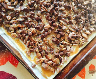 Salted Caramel Pecan Pie Bark