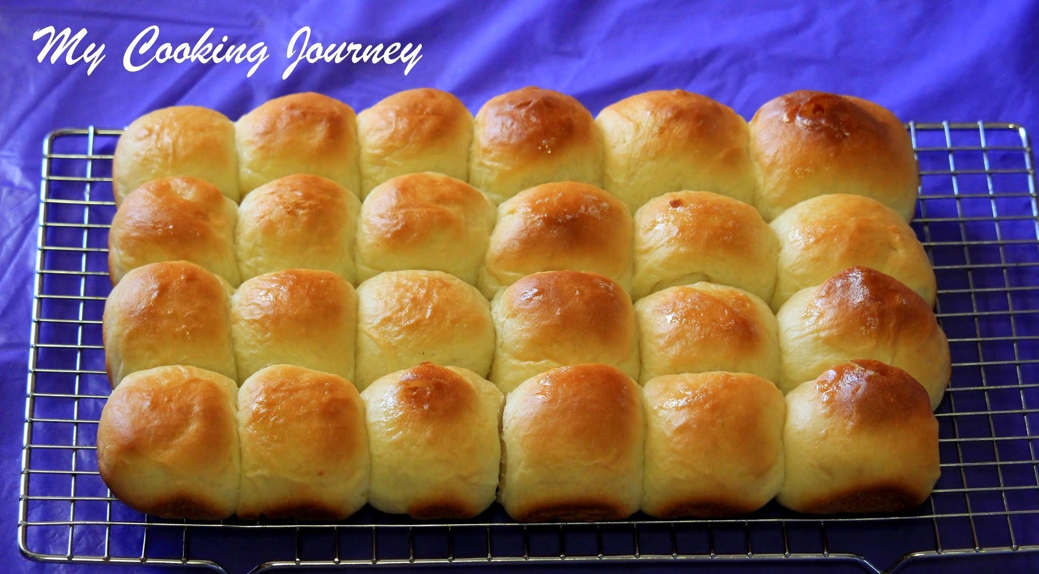 Pav Buns - Dinner Rolls made using Tangzhong Method
