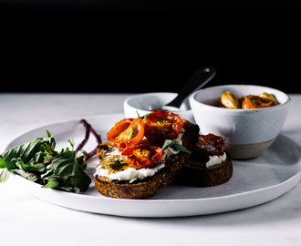 Goat Cheese Toasts with Balsamic and Roasted Tomatoes