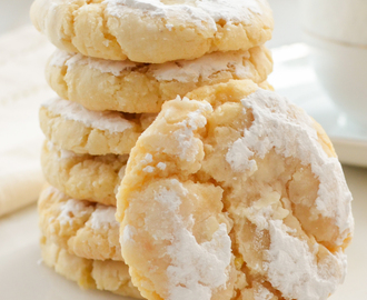 Soft and Chewy Lemon Cookies #SundaySupper