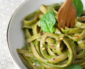 Ginger Coconut Green Linguine