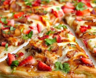 Pizza de fresa y bacon