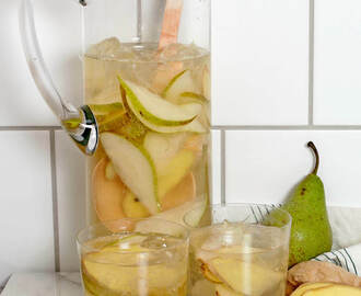 Spicy pear prossecco