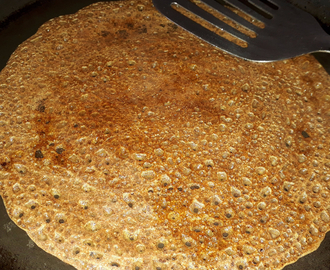 Instant Ragi Dosa (5 minute Breakfast Recipe)