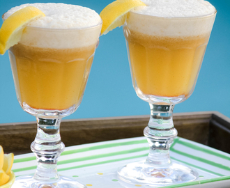 How to Make Lemonade without Refined Sugar