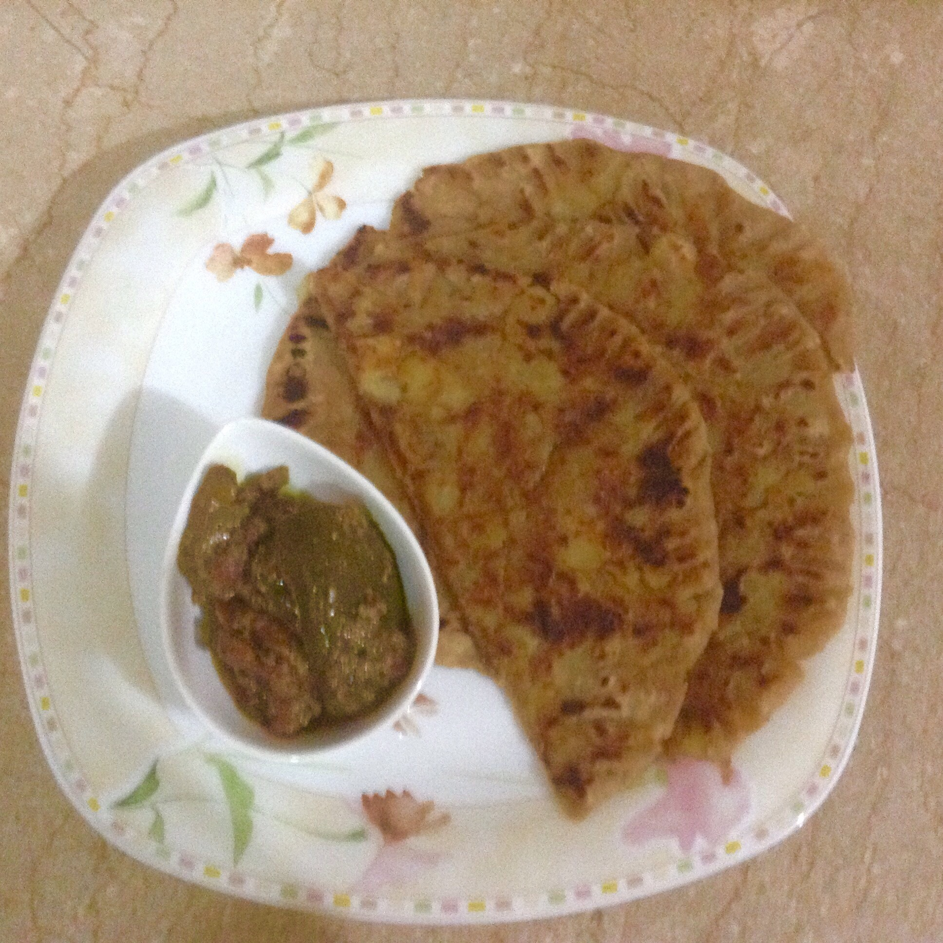Aaloo ka paratha(potato stuffed flat bread)