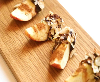 Snack Combos: Chocolate Pistachio Apples With Crunch