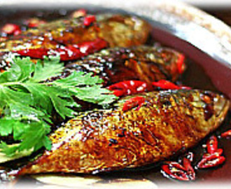 STEWED MACKEREL FISH IN SALTY SOUP