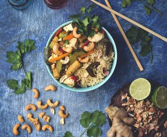 Thai Cashew Chicken Stir-Fry & Lemongrass Infused Brown Rice