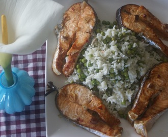 Roasted Salmon & Peas Rice