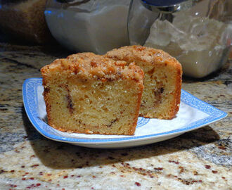 Everyone's Favorite Sour Cream Coffee Cake