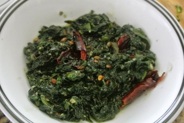 Keerai Poriyal (Spinach Poriyal)/Side dish recipes