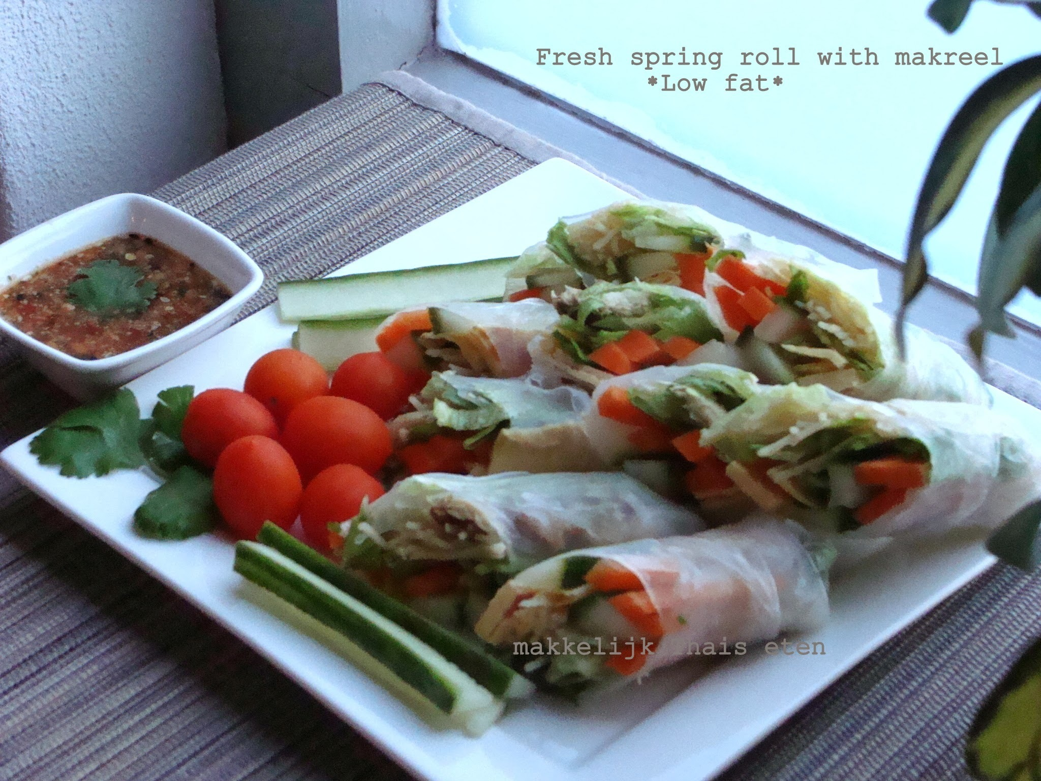 Low fat Fresh spring roll with makreel