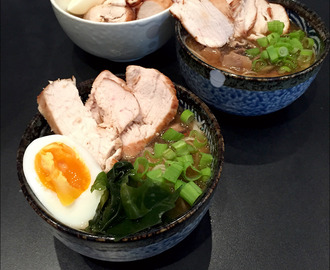 Chicken and mushroom ramen