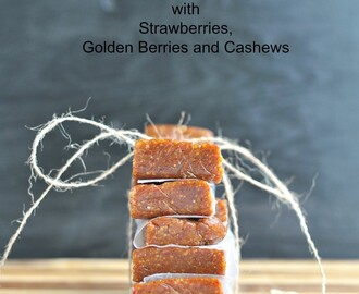 Natures Energy Bar: Date Bars with Strawberries, Golden Berries and Cashews