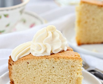 White chocolate coffee cake